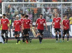 لاعبو المنتخب المصري في مبارة الخروج من كأس العالم