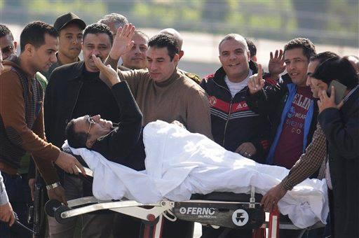 مبارك يحي أنصار المباركين له على البراءة